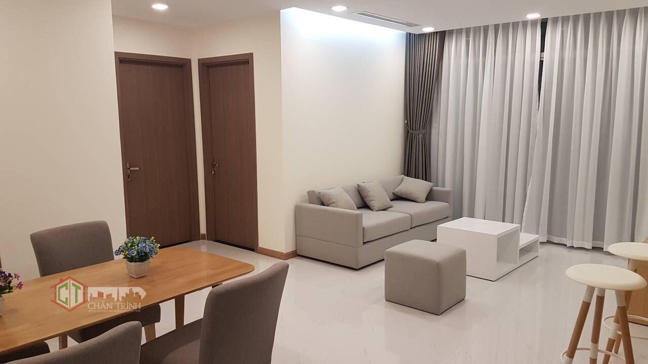 Phòng khách và Bàn ăn căn hộ 2 phòng ngủ Vinhomes Central Park
