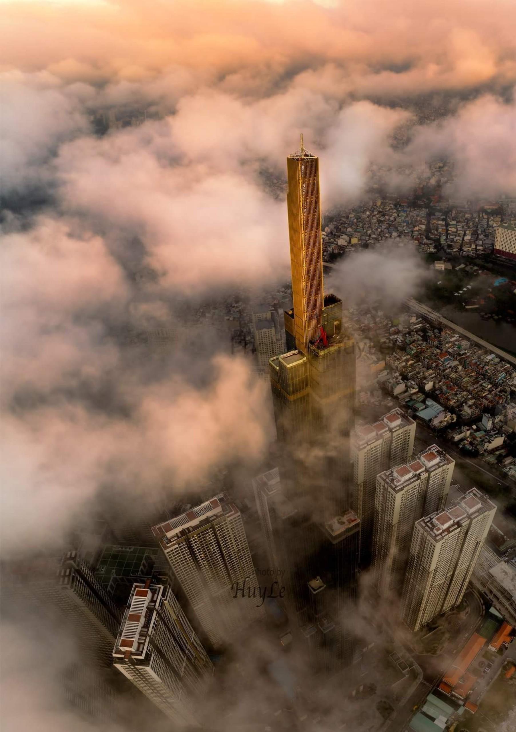Toà tháp Landmark 81 của Vingroup hùng vĩ tại HCM