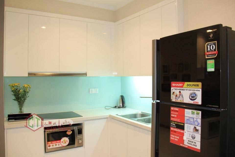 Khu vực bếp nấu ăn của gia đình tại căn 2 phòng ngủ Central 3