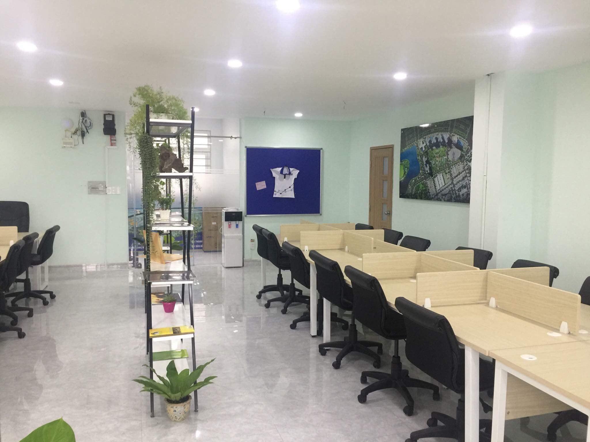 Tuyển dụng nhân viên kinh doanh Bất Động Sản - Văn phòng làm việc chuyên nghiệp