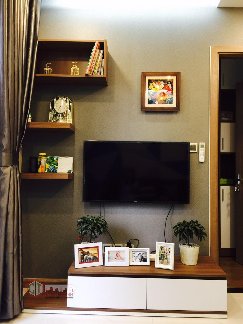 Khu vực tivi phòng khách căn hộ 1 phòng ngủ Vinhomes Tân Cảng