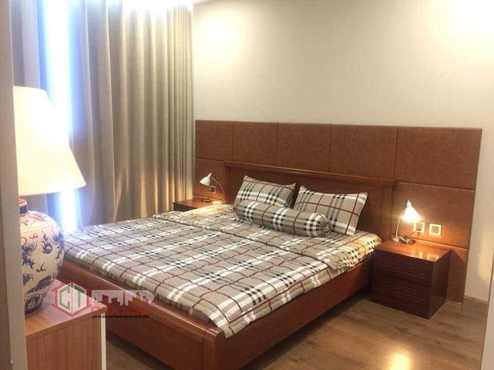 Phòng ngủ lớn căn hộ Park 7 - 2PN Vinhomes Central Park