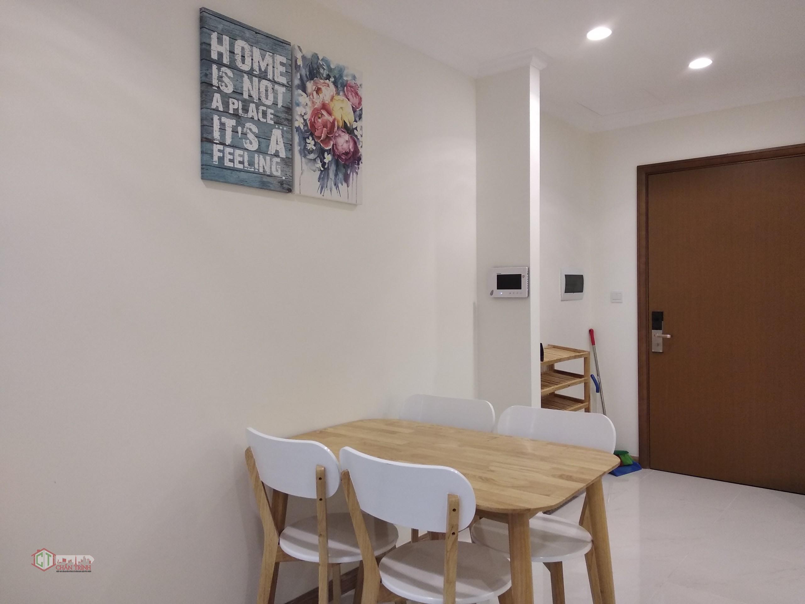 Khu vực bàn ăn - Căn hộ 1 phòng ngủ L3-10.12 cho thuê Vinhomes Central Park