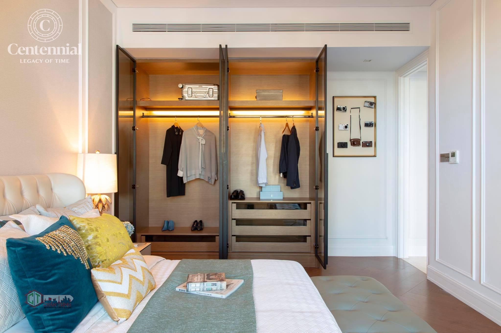Không gian phòng ngủ & tủ của căn hộ Centennial Ba Son
