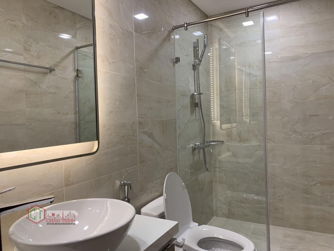 Nhà vệ sinh căn hộ 1 phòng Landmark 81