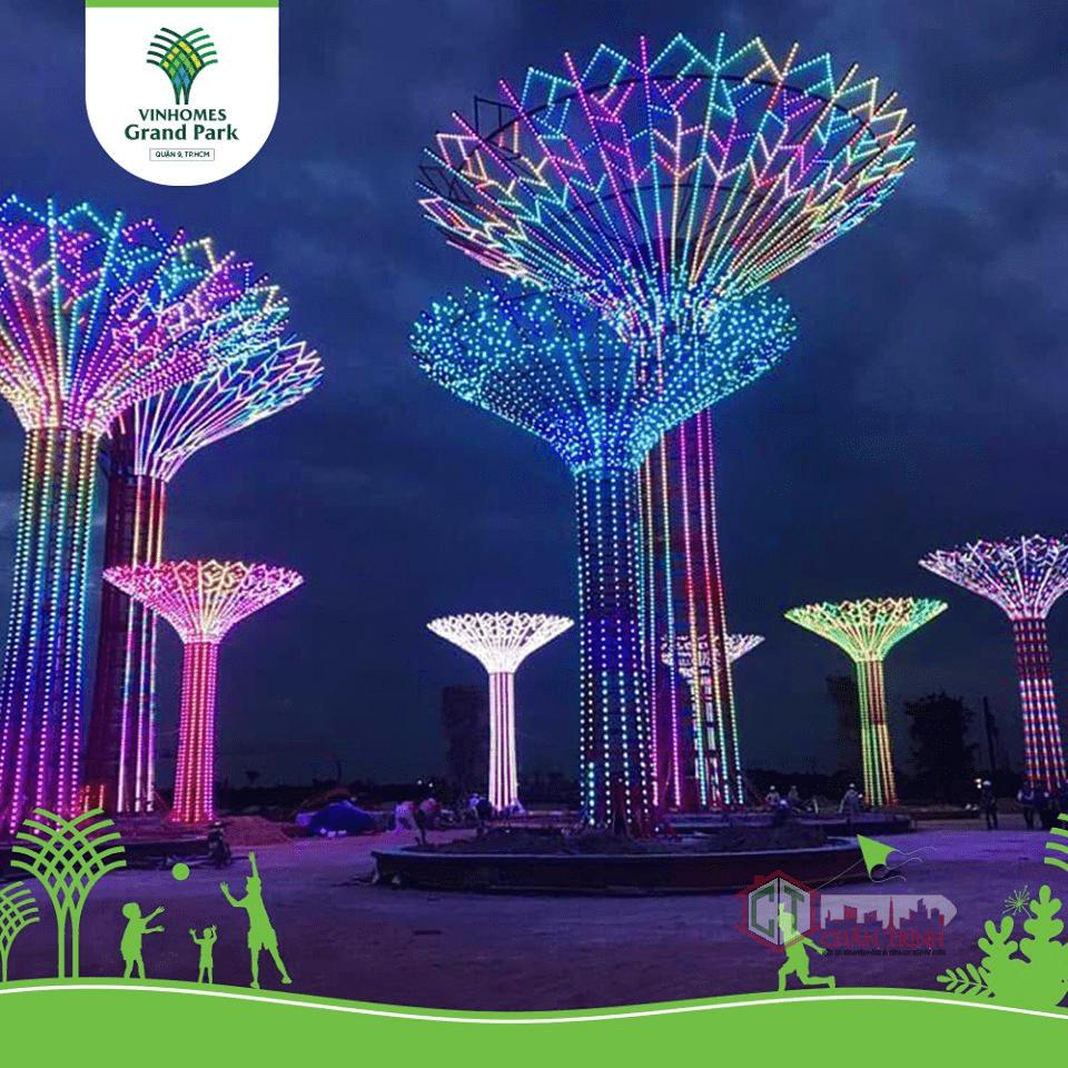 Những cây ánh sáng với đủ sắc màu hứa hẹn là điểm check in hấp dẫn nhất