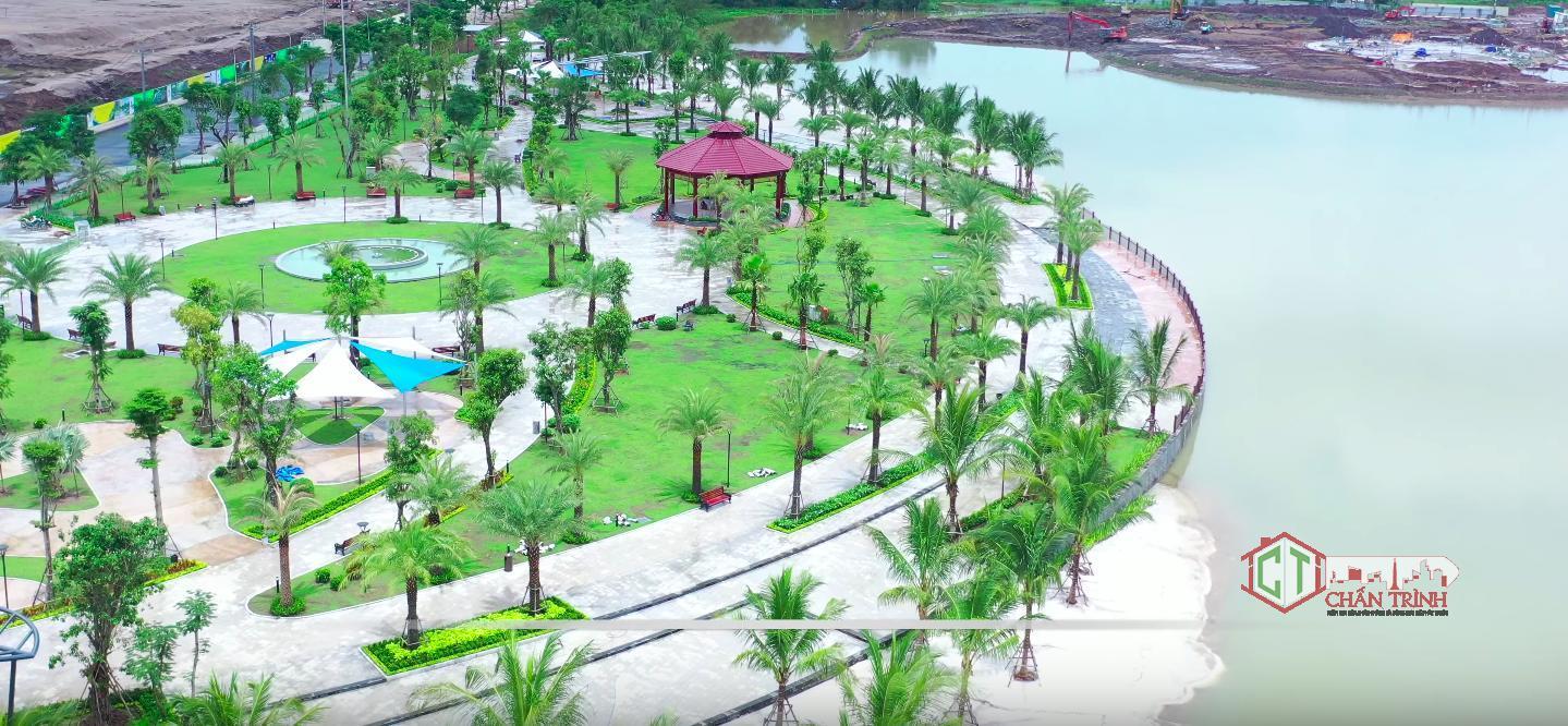 Các chòi nghỉ được bố trí tại công viên.
