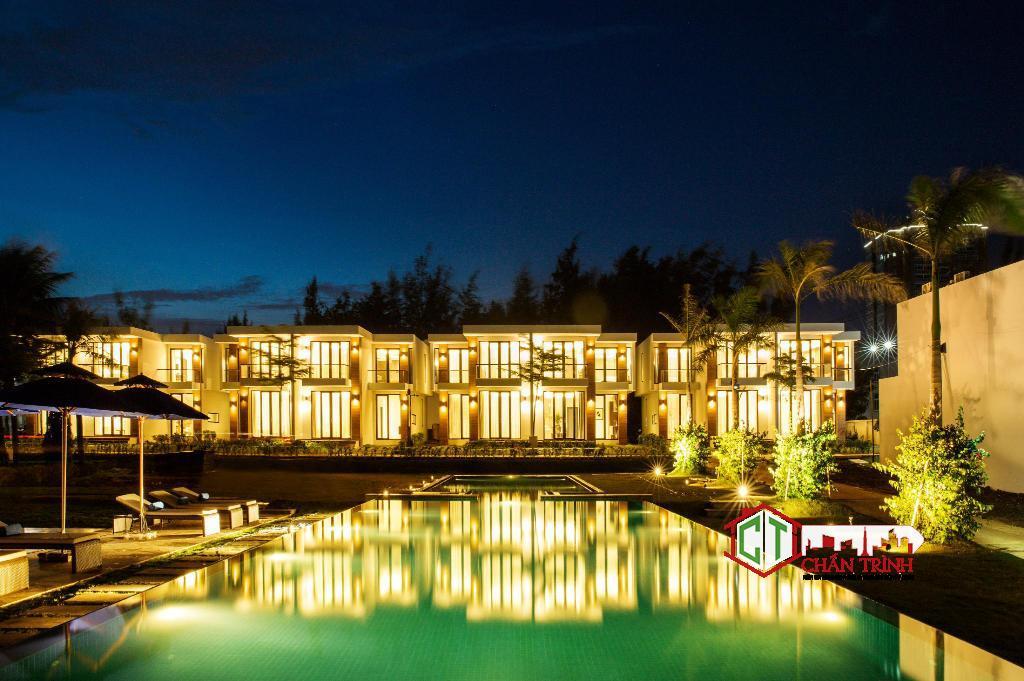 Hình thực tế về đêm Saint Simeon Resort & Spa