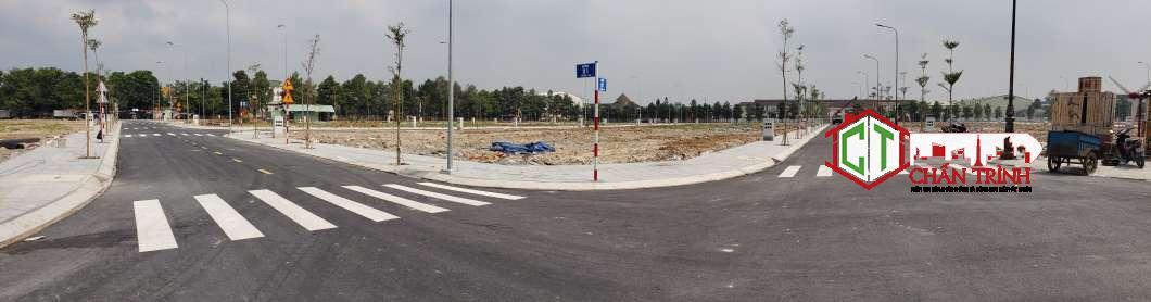 Đường dự án đã hoàn thiện & vỉa hè cũng đã hoàn tất công tác xây dựng.